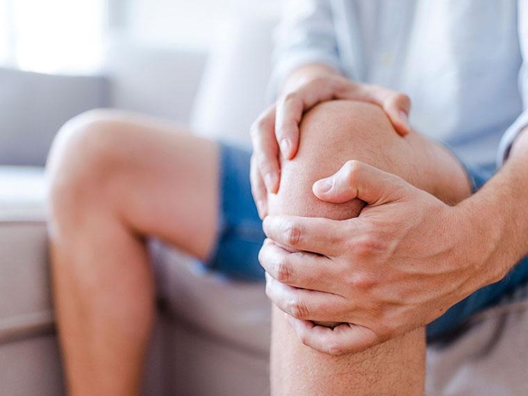 Bolečine v kolenu zaradi artritisa